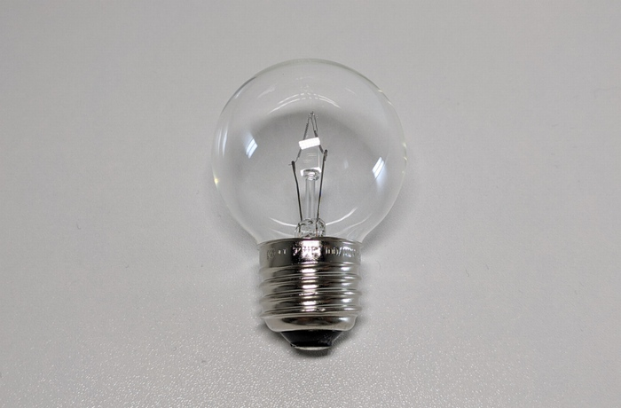 練習素材の電球素材
